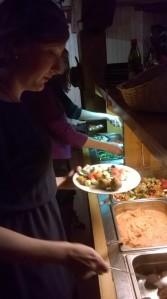 Tarjolla oli falafel-pohjaista huippusapuskaa. Mmmmm